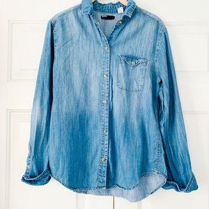 BDG Long Sleeved Chambray Button Shirt Sz Small